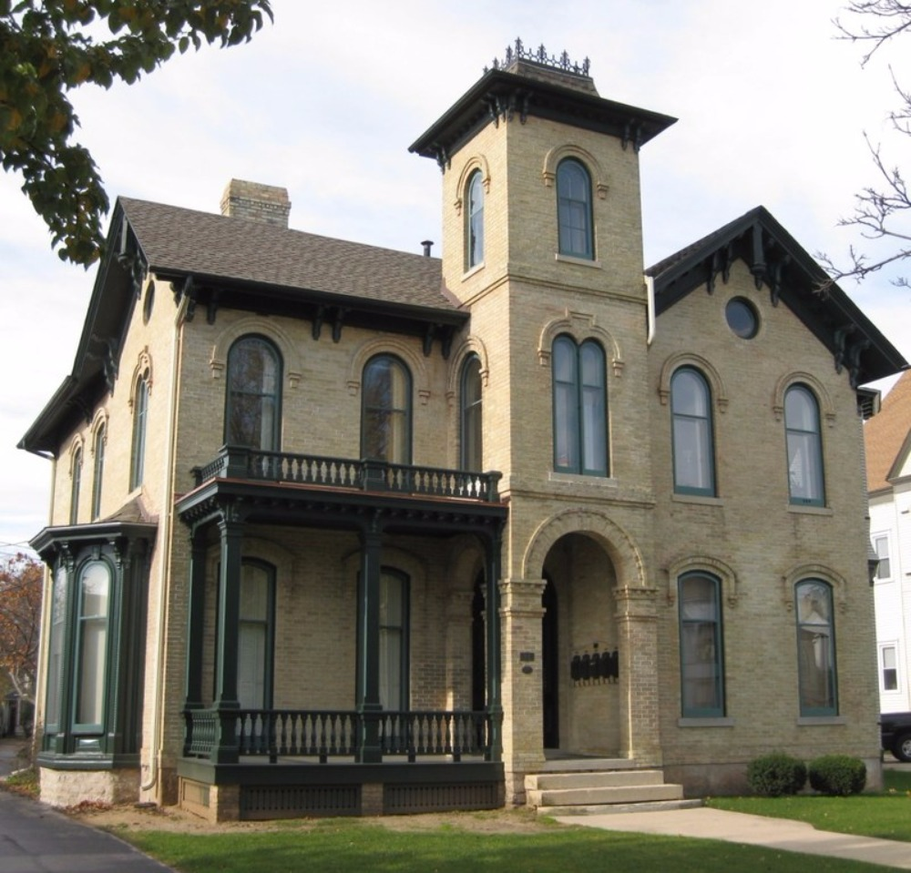 The Blake House is cited as a key building in Racine's Southside Historic  District which was placed on the United States Department of the Interior's  ...