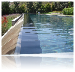 Use liquid pool covers even when circulation system is running