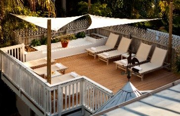 photo of a private sun deck at alexanders guesthouse