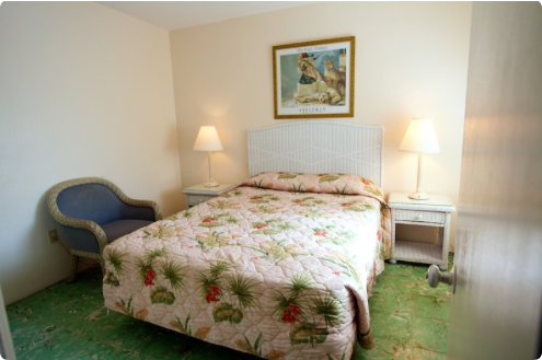 Call el patio motel today at 305-296-6531 to check the availability of 2 bedroom suites