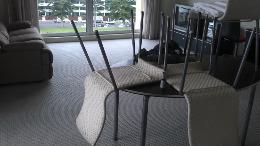 clean lounge carpet