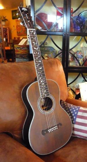 Sierra Wisteria Luna Guitars