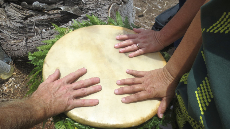 hands on drum