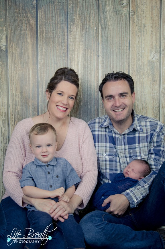 pflugerville newborn photographer, round rock, hutto, baby boy, family photo