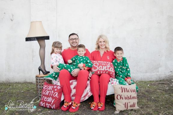 Family Christmas Pajamas Photoshoot.Life And Breath Photography Christmas Pajama Photo Shoot