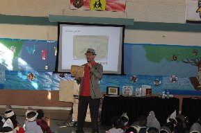 Author Bruce Hale visits Glen City in Santa Paula